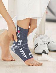 Bandagen und Orthesen unterstützen